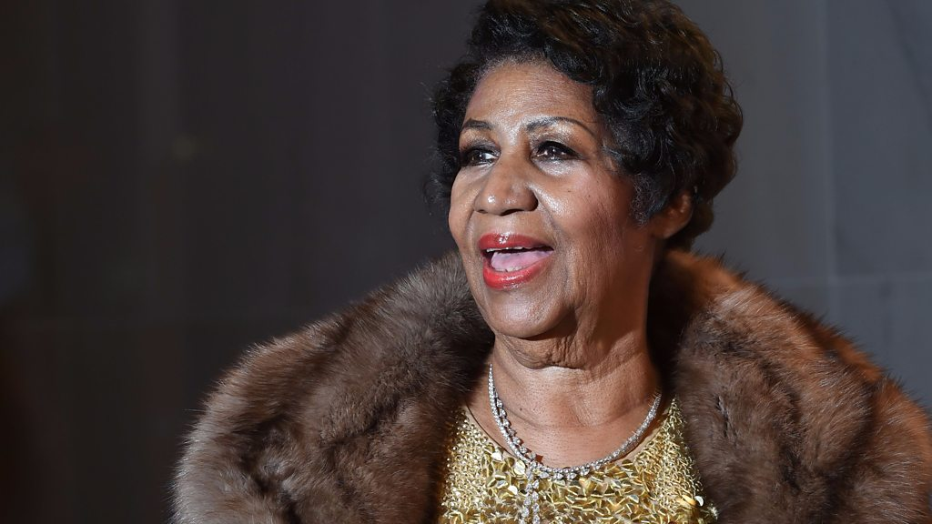 Aretha Franklin, 'Queen of Soul', dies aged 76 - BBC News