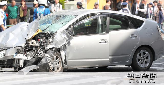 ブレーキ痕なく、アクセルペダルの障害もなし 池袋事故:朝日新聞デジタル