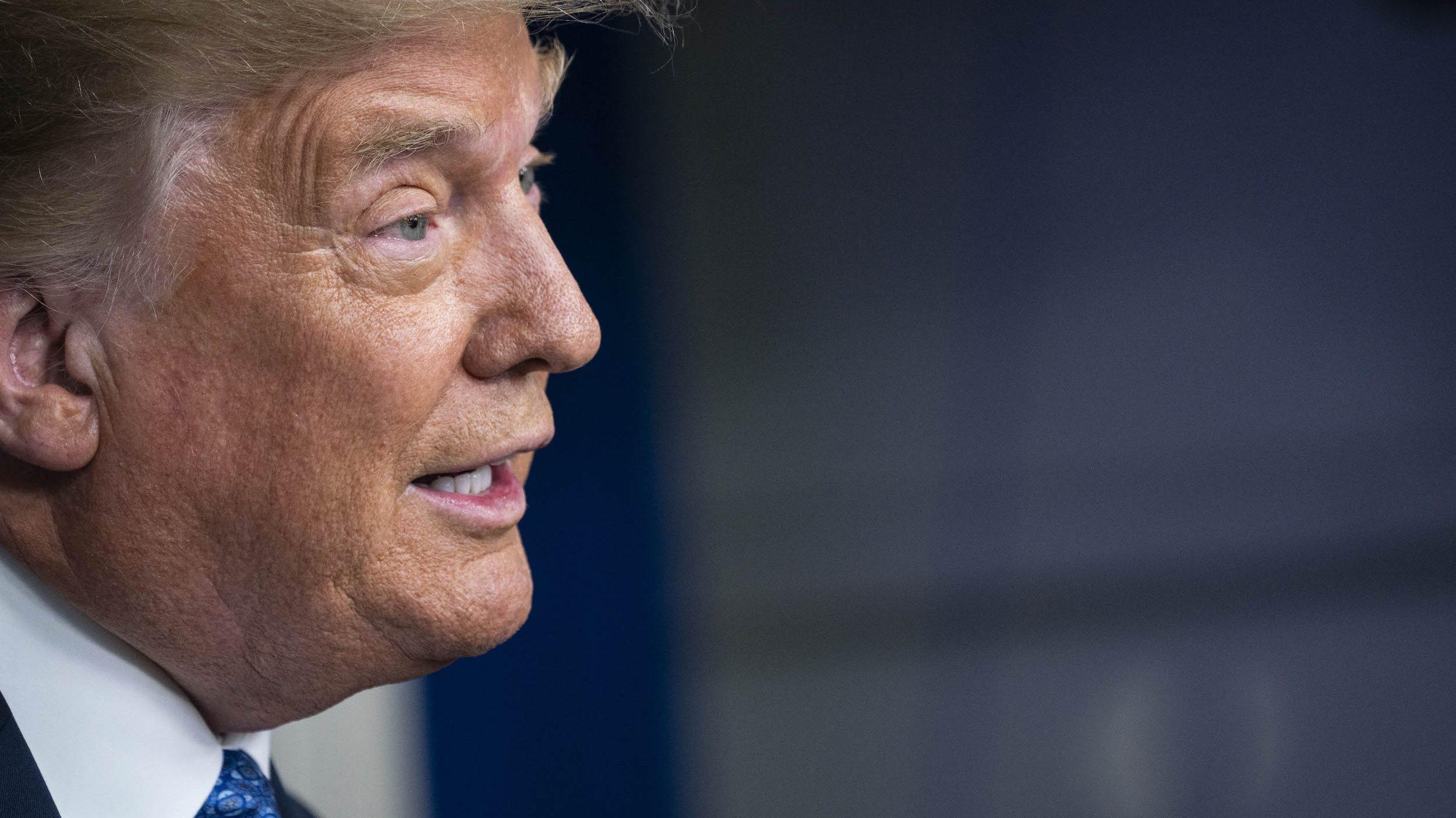 """ド派手なリーダーの""""裏""""の顔─トランプは「大統領としての給料」を全額寄付していた!   クーリエ・ジャポン"""