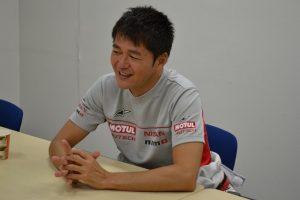 本山さんインタビュー写真
