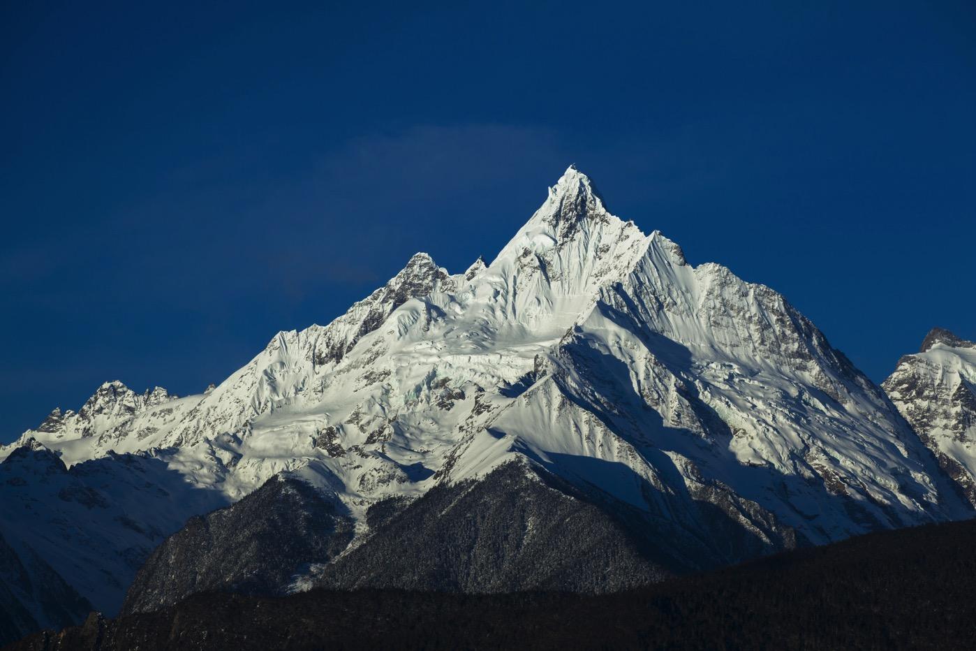 世界最強の山、梅里雪山, メイリーシュエシャン