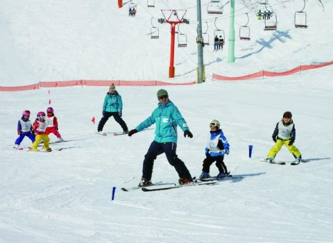 SAJ accredited Niseko Grand Hirafu Snow School