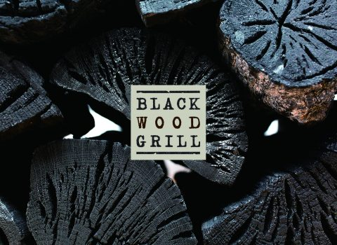 BLACK WOOD GRILL
