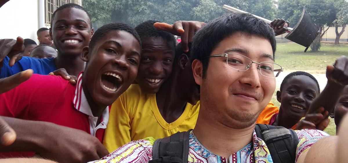 青年海外協力隊で、発展途上国の子どもたちに笑顔を。