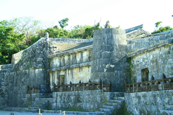 <在沖繩的傳說中散步> 結局悲慘的占卜師・木田大時 ~ 南城市玉城前川及世界遺產「玉陵」