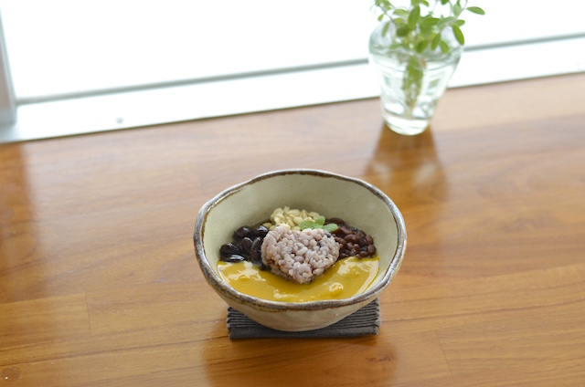"Enjoy some great food while visiting Okinawa's sacred spots. ""Shokuno junrei agariumaai! (a pilgrimage to food)"" in Nanjo City"