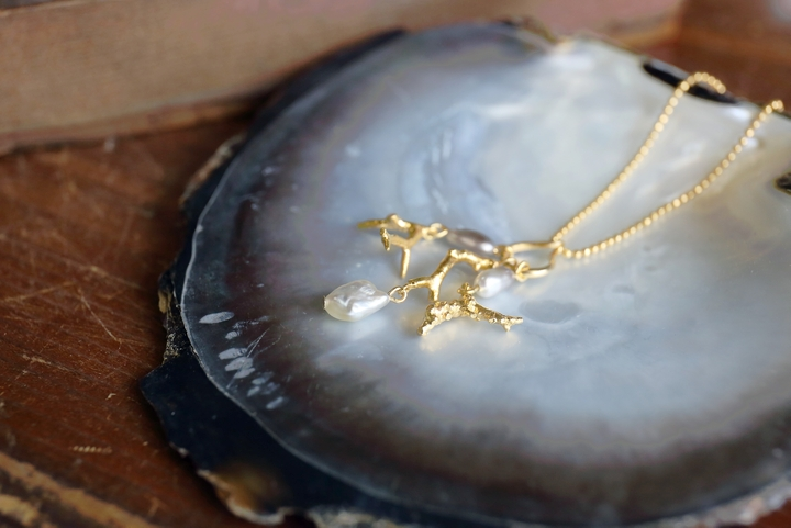Kerama Pearls with a Gentle and Strong Presence; Nature's Creation of Breathtaking Formative Art
