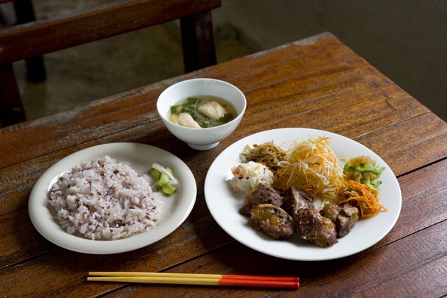 [Ayaffami] Offers Food & Dishes that are Extra Special; The Most Recommended Spot by the Local Hateruma Island Locals