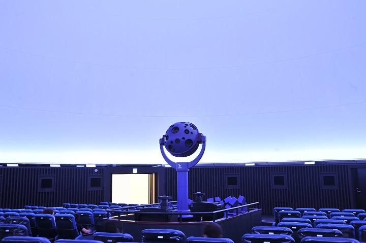 海洋文化館のプラネタリウムの写真
