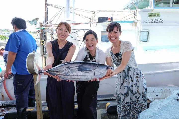 伊良部島 佐良浜漁港で過ごすひととき