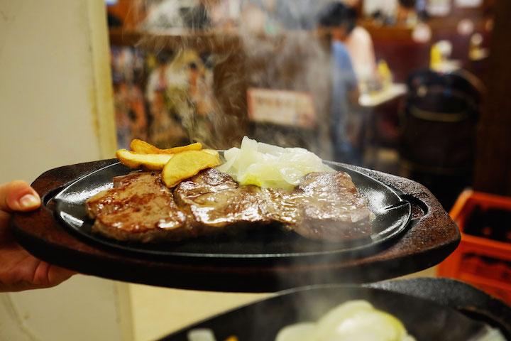 ジャッキーステーキハウス一番人気のテンダーロインステーキ