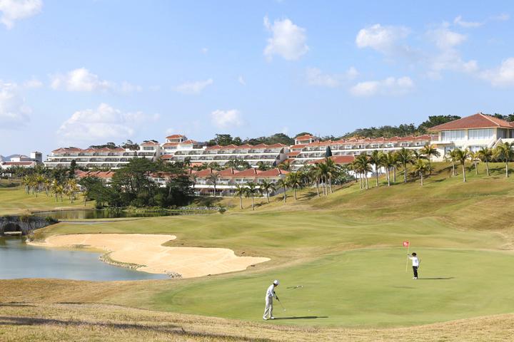 冬にもゴルフが楽しめるのは沖縄の良さかもしれません