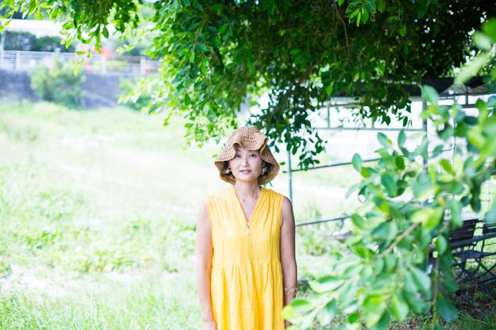 太陽の恵みをたくさん受けて育つ沖縄の植物を使って、使い手の思いを表現する「Flower artist Souka」磯﨑由香さん