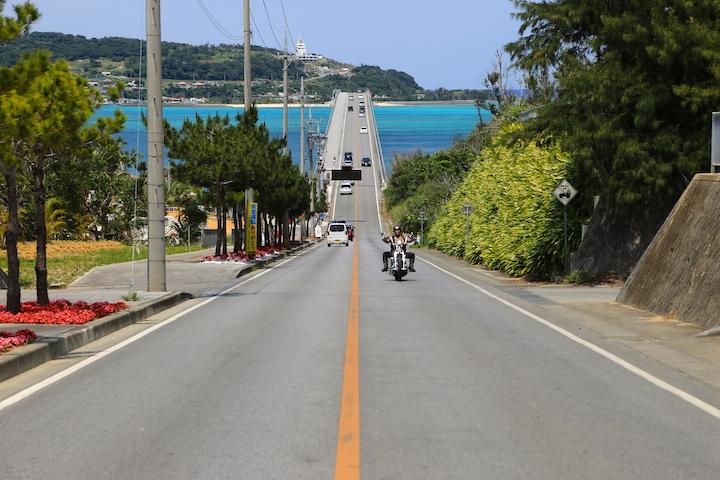 本島北部、車で渡れる離島のオシャレなお店たち