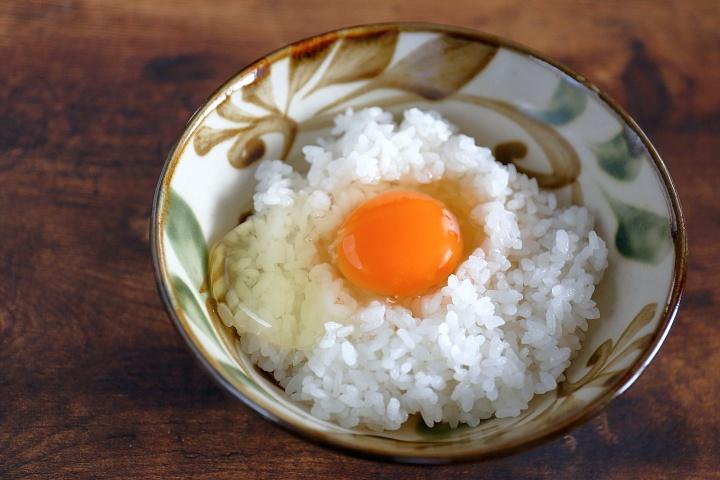 健やかな鶏から産まれた良質な卵と、卵を贅沢に使ったマヨネーズ「みやぎ農園【南城市】」