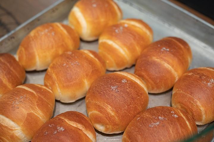 DELICATESSEN TRUNQ(デリカテッセン トランク)のパン