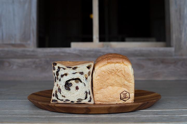 しっとりふわふわ。厳選材料と自家製の甘麹で、体にやさしい「王朝食パン 識名園」(那覇)