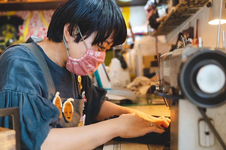 イチグスクモードの商品を縫製