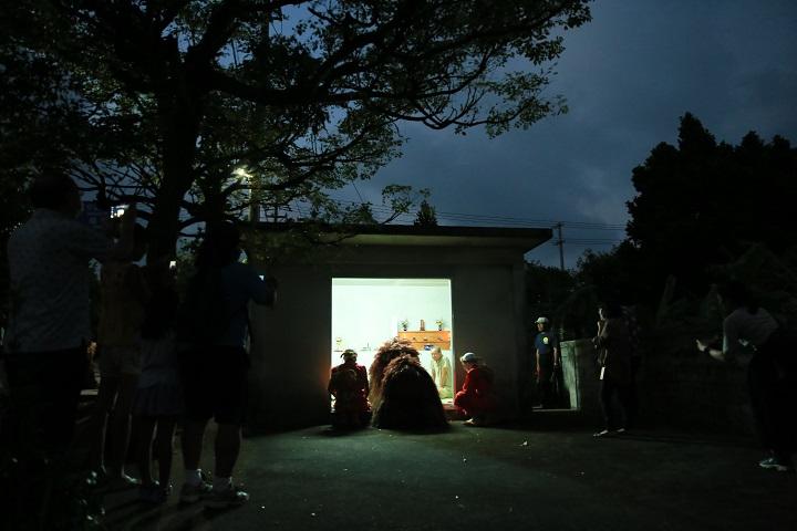 200年以上受け継がれてきた久米島唯一の獅子が舞う兼城十五夜<br /> <前編> 毎年必ず奉納される神事「拝所まわり」