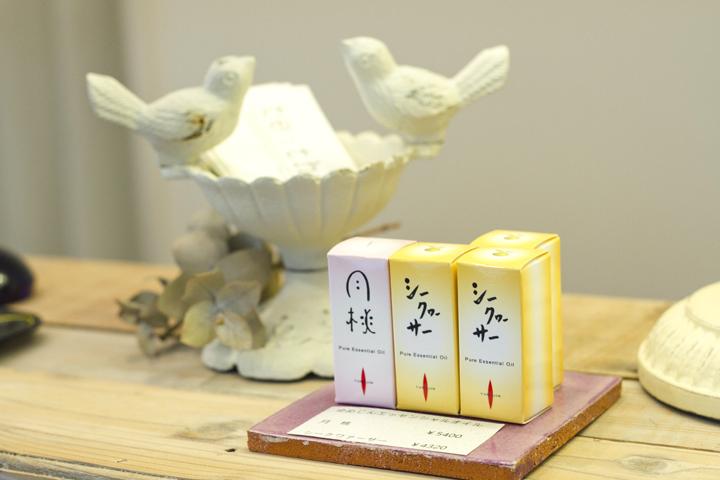 沖縄県産のエッセンシャルオイルは購入も可能です