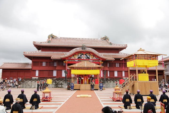 首里城は世界遺産にも登録されています