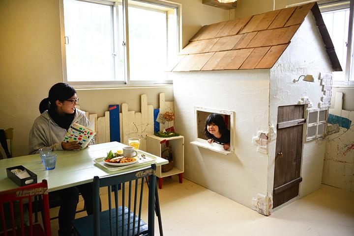 NIWA CAFE(ニワカフェ)の店内にはキッズスペースもあります