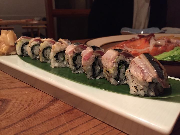 旬のお魚を炙った棒寿司
