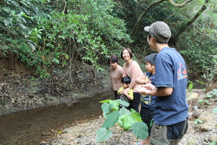 この夏、子どもと一緒に楽しみたい!沖縄の川遊びスポット4選