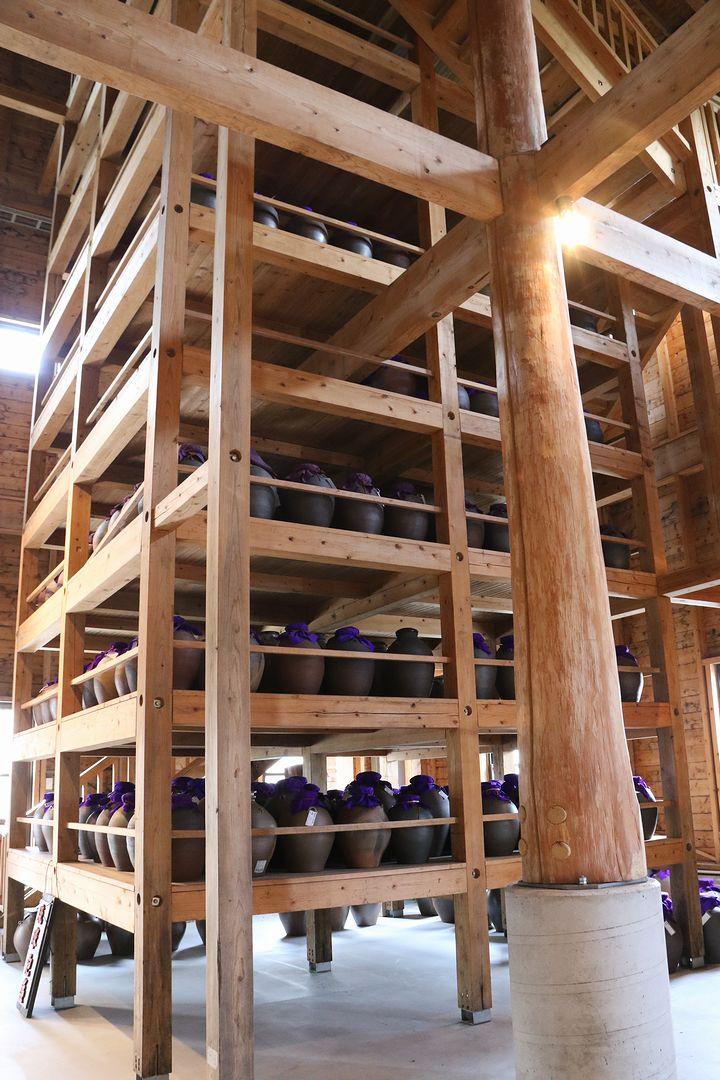 沖縄県内最大級の木造古酒蔵