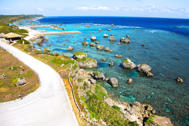 沖縄の離島でありのままの大自然と触れる!