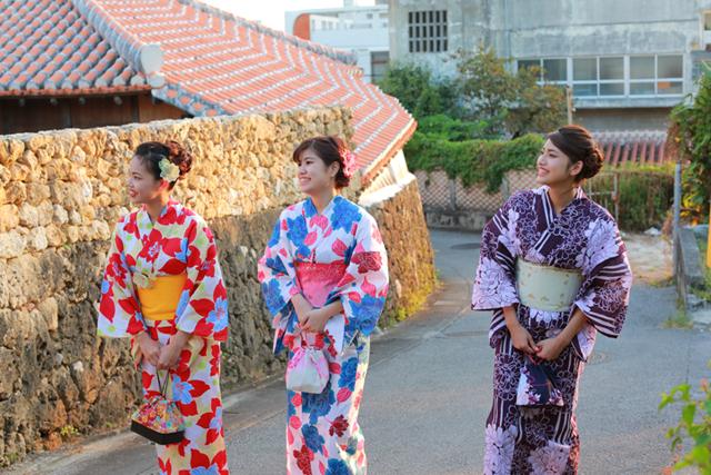 오키나와에서 특별한 분위기를 즐길 수 있는 유카타 렌탈! [PR]