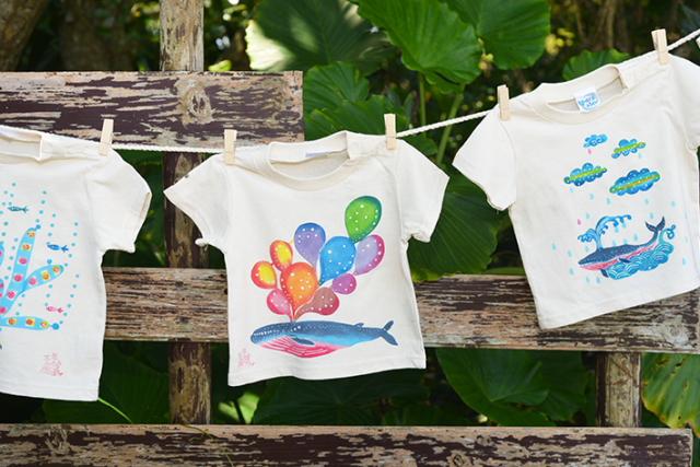 부드러운 색조와 귀여운 무늬의 빈가타 T셔츠