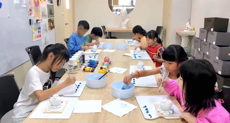 兒童創意彩繪課程・週六上午橘子班(額滿)