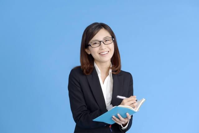 秘書を目指すだけじゃない!どの職業にもマルチに役立つ秘書検定のメリット