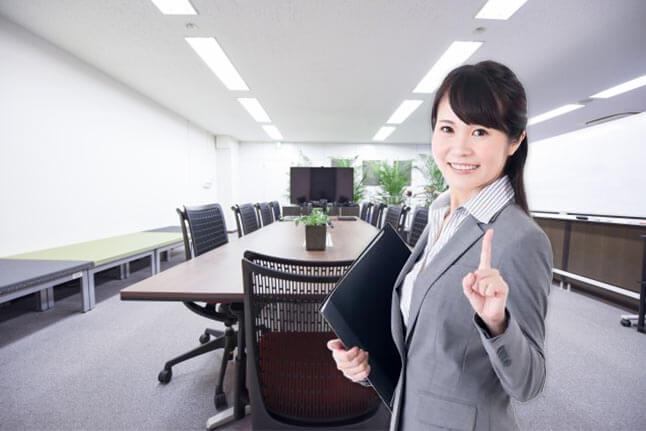 ビジネスマナーを学べる秘書検定。2級と3級の違いはずばり「ビジネスの○○」!