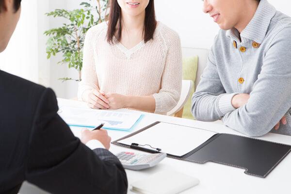 ダブルライセンスにおすすめ。FP3級の学習が活かせる資格「証券外務員」とは