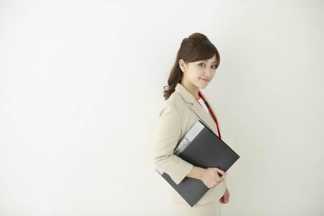 ビジネスで本当に役立つ資格とは?スキルアップにも効果的な資格を紹介します!