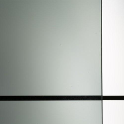 色ガラス (熱線吸収ガラス) ブラックのお写真