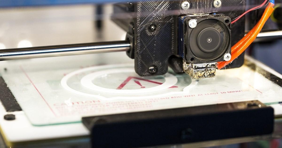 3Dプリンターのヒートベッドに耐熱ガラス「テンパックス」を使用した事例3選のお写真