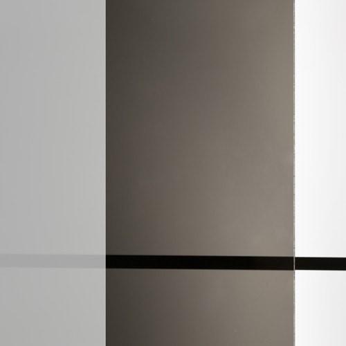 商品写真 : ミラーガラス (遮熱ガラス) 透過率 8%(1)