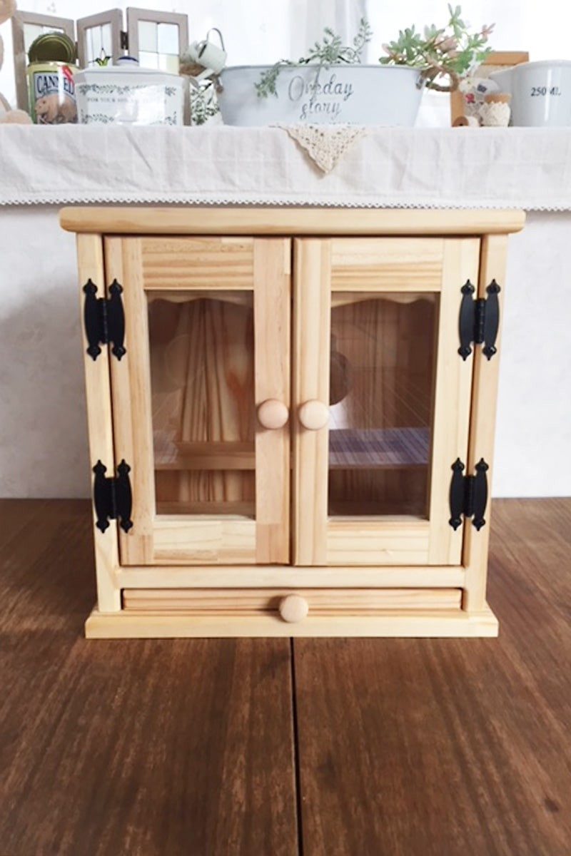 ペット用仏壇 メモリアルキャビネットの扉に使用した「透明ガラス」-1