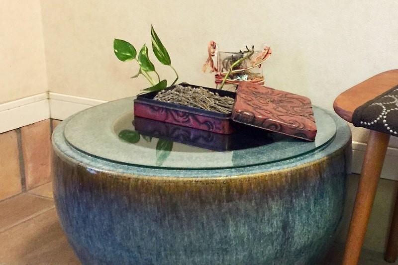 火鉢のサイドテーブルに使用した「強化ガラス」(2)