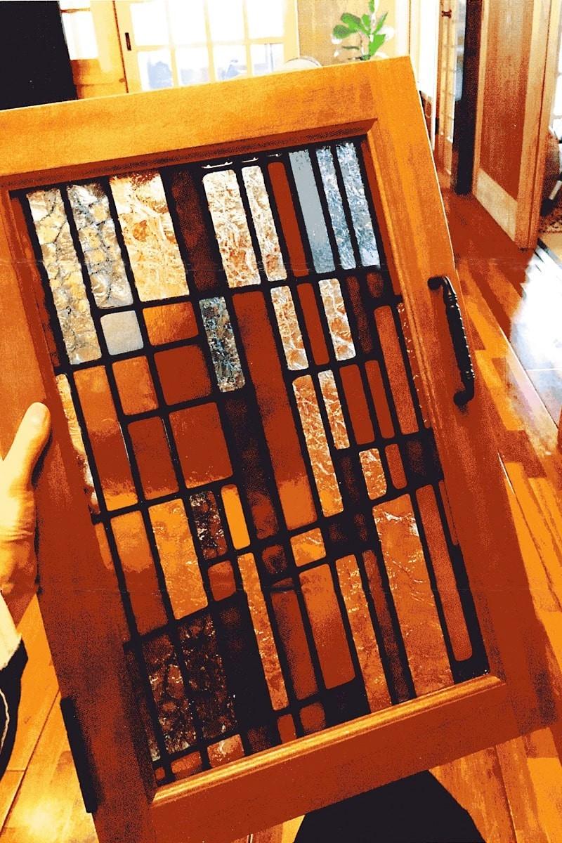 戸棚扉に使用した「フルオーダーステンド」-2