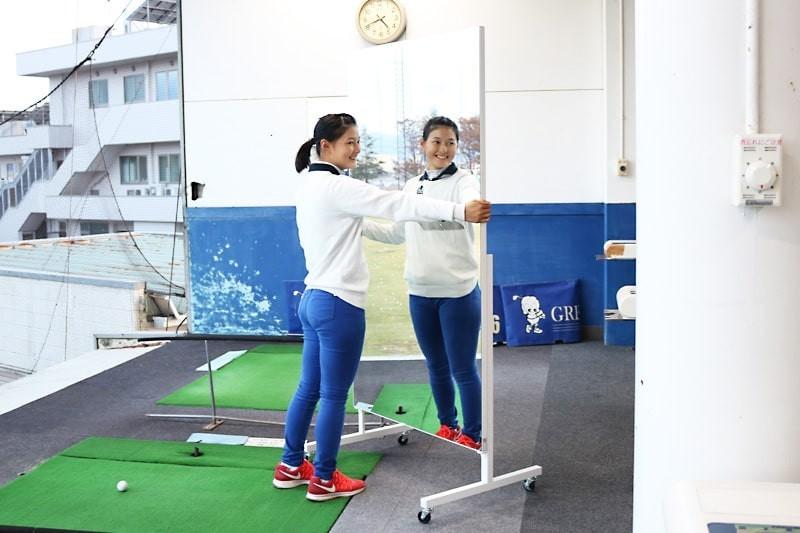 ゴルフ部のスイング練習にオススメの鏡-4