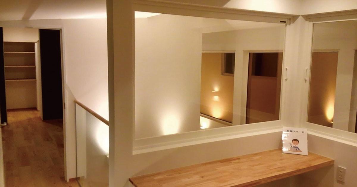 新築の一戸建てに!手すりに「合わせガラス」を使用した事例(兵庫県A様)のお写真