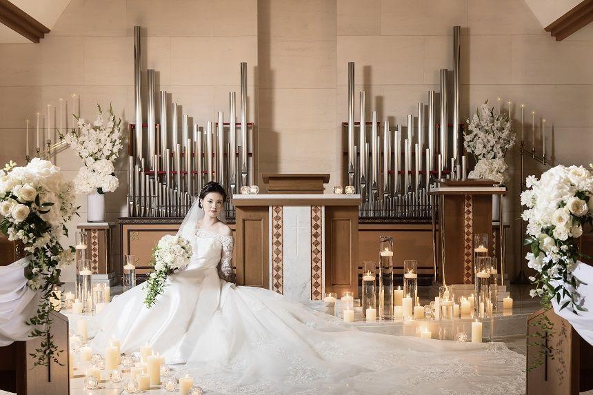 伝統的挙式からフレンドリーな挙式まで おふたりのお好みのスタイルを叶えます。
