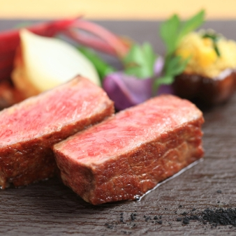 【6万円ホテル福袋★ペア宿泊券付】2.5万円コースの美食祭