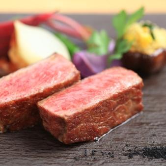 来館特典付★【最大70万円優待】料理で選ぶ美食×緑のレストラン