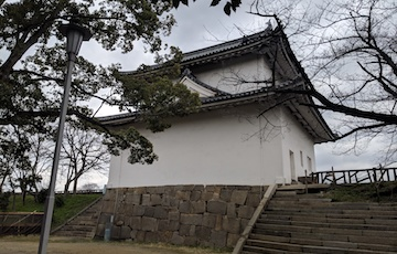 天守閣から豊国神社3