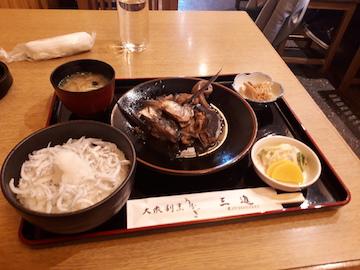 あら煮と釜揚げシラス丼1